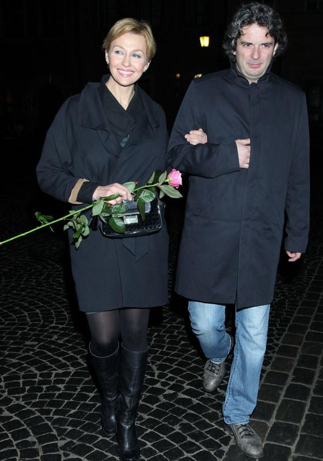 U boku Konrada Komornickiego Popek kwitnie. /Paweł Wrzecion /MWMedia