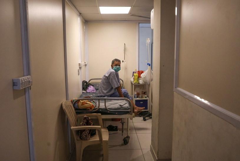 U pacjentów z wariantem Delta stwierdzono także przypadki mukormykozy /RAJAT GUPTA    /PAP/EPA