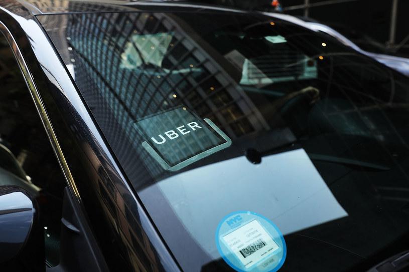 Uber, po raz kolejny, ma spore problemy /AFP