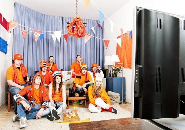 Ubezpiecz mieszkanie, zanim wynajmiesz je kibicom /© Panthermedia