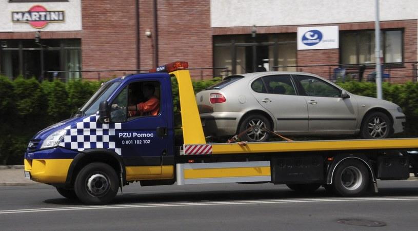 Ubezpieczyciel od razu będzie wiedział, gdzie doszło do awarii, a kierowca - kiedy pojawi się pomoc /Włodzimierz Wasyluk /East News