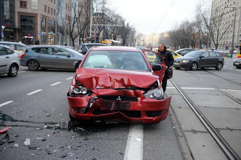 Ubezpieczyciele dążą do szkody całkowitej, bo to dla nich bardziej korzystne /Bolesław Waledziak /Reporter