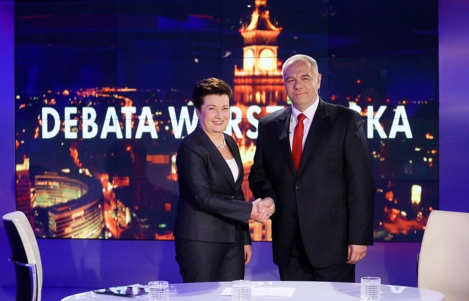 Ubiegająca się o reelekcję prezydent Warszawy Hanna Gronkiewicz-Waltz z PO (L) i kandydat PiS Jacek Sasin (P), podczas wspólnej debaty przed drugą turą wyborów prezydenckich /Paweł Supernak /PAP