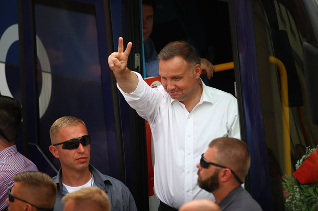 Ubiegający się o reelekcję prezydent Andrzej Duda podczas spotkania z mieszkańcami Wieliczki //Łukasz Gągulski /PAP