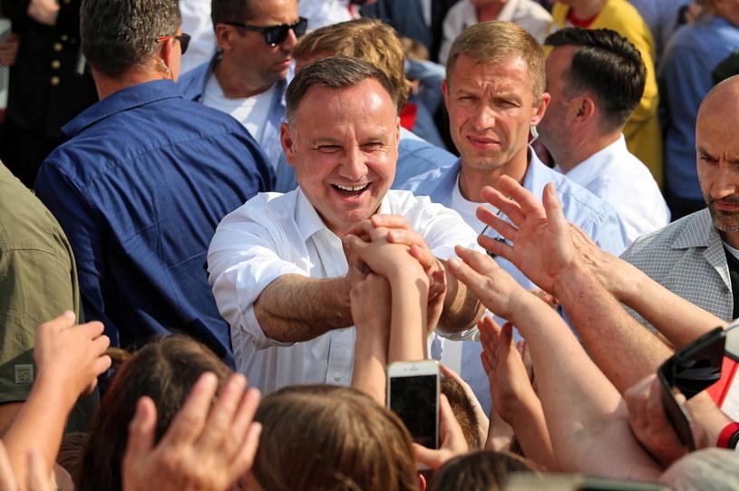 Ubiegający się o reelekcję prezydent RP Andrzej Duda podczas spotkania z mieszkańcami Rybnika / Andrzej Grygiel    /PAP