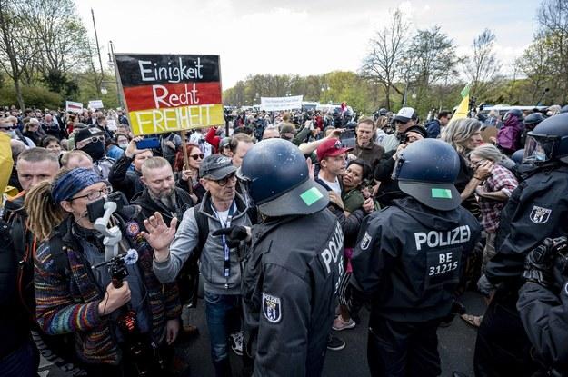 Ubiegłotygodniowe protesty przed Bundestagiem /Fabian Sommer /PAP/DPA