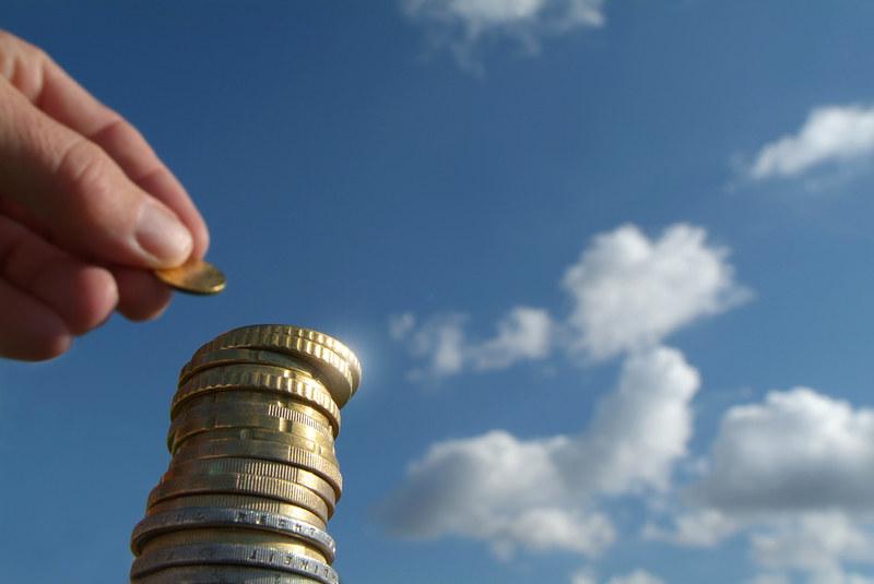 Ubiegły rok przyniósł w Polsce kolejny już wzrost dochodów rozporządzalnych na osobę /© Panthermedia