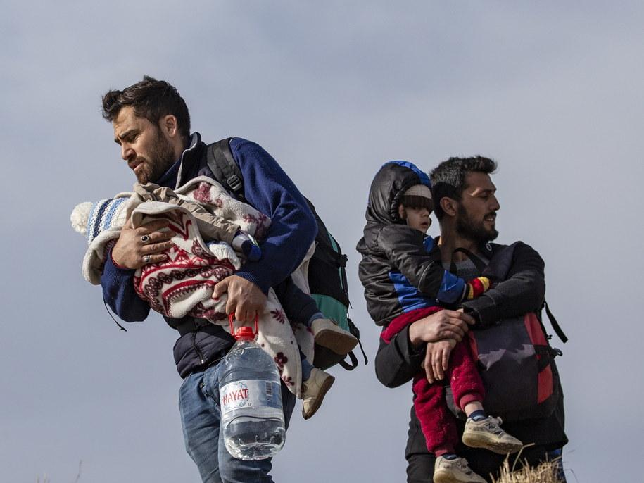 Uchodźcy na granicy turecko-greckiej /ERDEM SAHIN /PAP/EPA