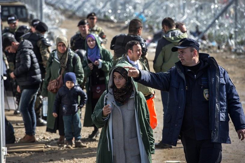 Uchodźcy, zdj. ilustracyjne /GEORGI LICOVSKI /PAP/EPA