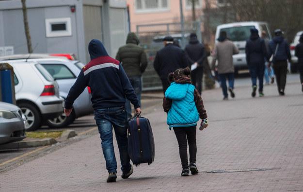 Uchodźcy /Nicolas Armer    /PAP/EPA