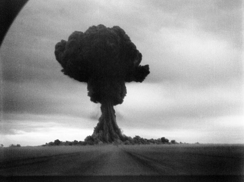 Uchwycona na czarno-białej kliszy pierwsza nuklearna próba ZSRR z 1949 roku /East News