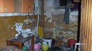 Uciążliwy sąsiad terroryzuje współlokatorów