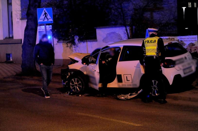 Uciekając Ukrainiec wjechał w samochód nauki jazdy /Teodor Szary /PAP