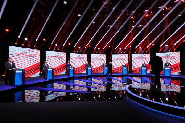 Uczestnicy debaty z udziałem kandydatów na prezydenta RP, 6 bm. w Telewizji Polskiej w Warszawie /Paweł Supernak /PAP