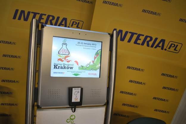 Uczestnicy mogli głosować na najlepsze projekty przy pomocy specjalnych kart /INTERIA.PL