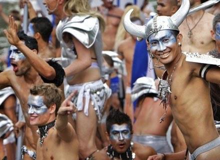 Uczestnicy Parady Gejów w Amsterdamie, 2008 rok /AFP