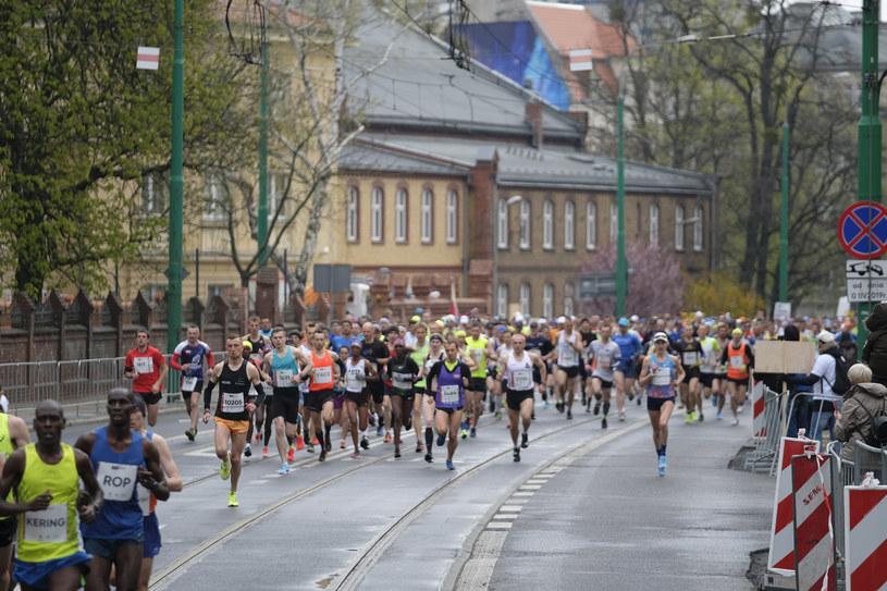 Uczestnicy półmaratonu w Poznaniu /Robert Wozniak /East News
