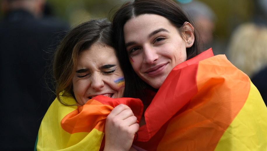 Uczestniczki marszu równości w Podgoricy /BORIS PEJOVIC /PAP/EPA
