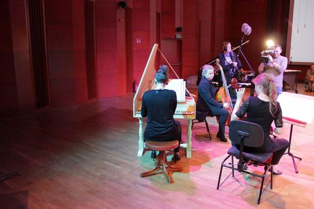 Uczniowie Akademii Muzycznej zaprezentowali kupione instrumenty /Agnieszka  Wyderka /RMF FM