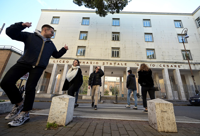 Uczniowie liceum w Rzymie, zdjęcie ilustracyjne /VINCENZO PINTO/AFP /AFP