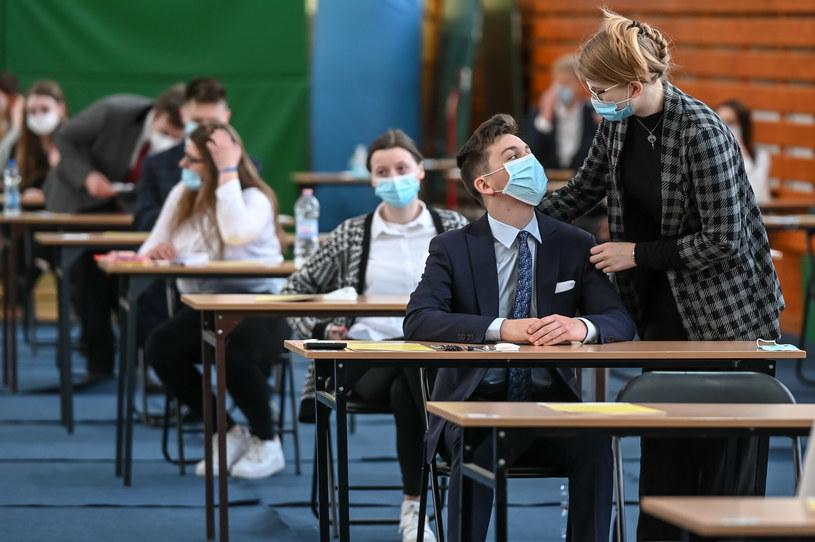 Uczniowie ostatnich klas szkół średnich zdają egzamin dojrzałości /KAROLINA MISZTAL/REPORTER /Reporter