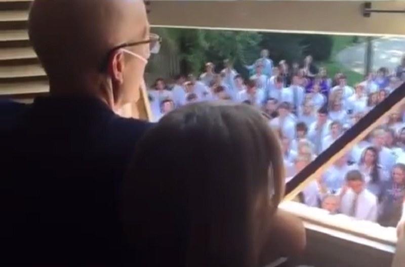 Uczniowie zachowali się naprawdę niesamowicie! /Videoreo /YouTube