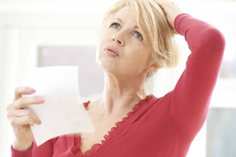 Uderzenia gorąca mogą być również spowodowane złą pracą tarczycy /123RF/PICSEL