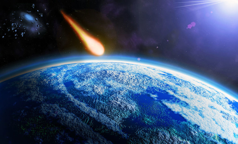 Uderzenie asteroidy średniej wielkości mogłoby zniszczyć życie na Ziemi /123RF/PICSEL