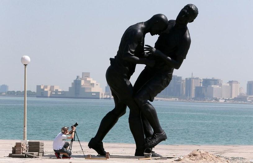 """Uderzenie """"z byka"""" w wykonaniu Zidane'a doczekało się nawet pomnika /AFP"""