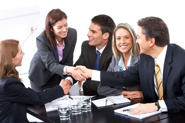 Udział w rocznych zebraniach wspólnoty daje wiele praw /©123RF/PICSEL