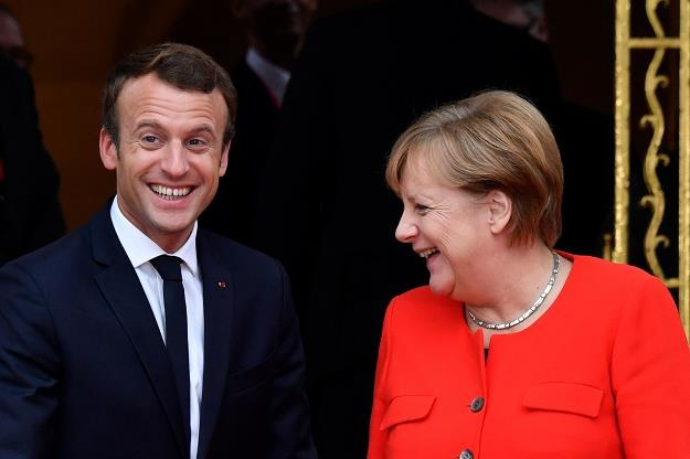 UE nie ma szans na przetrwanie w obecnym kształcie? Na zdjęciu E.Macron i A.Merkel /AFP