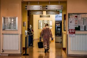 """UE nie widzi """"powodów do paniki"""" z powodu koronawirusa we Włoszech"""