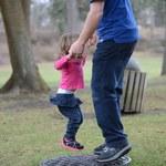UE wyśle ojców na urlopy rodzicielskie. PE przegłosował zmiany