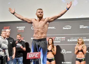 UFC Rio Rancho: Jan Błachowicz nokautuje Coreya Andersona i wyzywa mistrza na pojedynek!