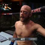 UFC Vegas 18. Kontuzja oka Justina Jaynesa powodem zakończenia walki