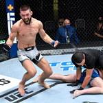 "UFC Vegas 23. Mateusz Gamrot - Scott Holtzman. Efektowny nokaut ""Gamera"""