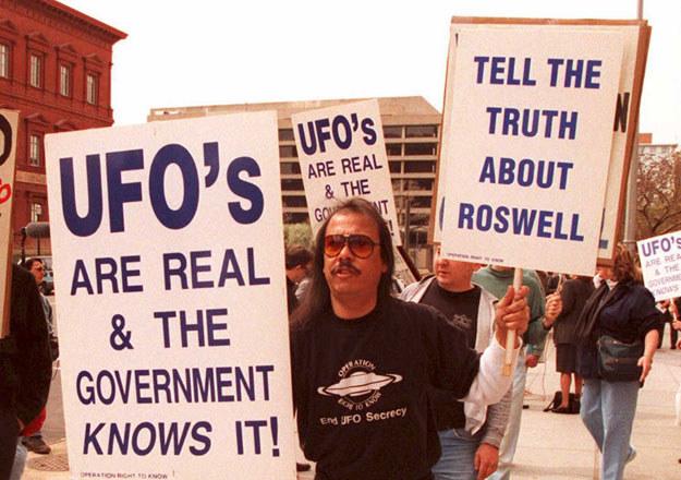 """""""UFO istnieje naprawdę, a rząd o tym wie"""" fot. Joshua Roberts /AFP"""