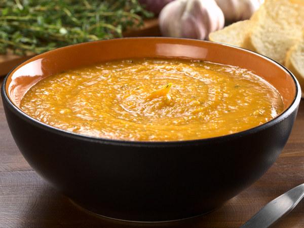 Ugotowanie zupy traktuję jako odświętny rytuał, a nie codzienny zwyczaj  /© Panthermedia