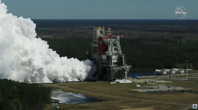 Ujęcie stanowiska startowego podczas drugiego testu Green Run /NASA
