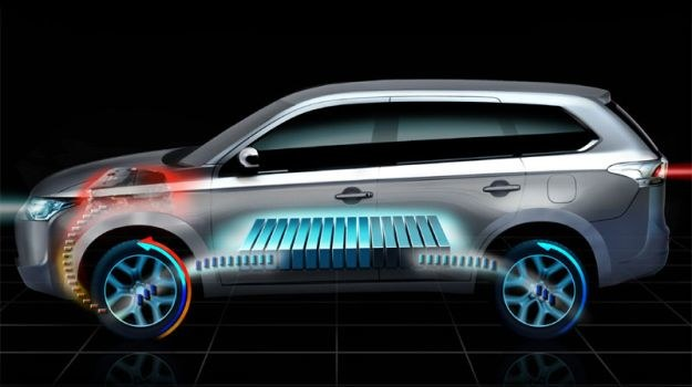 Układ napędowy auta może pracować w trzech trybach: elektrycznym,  spalinowym oraz hybrydowym. /Mitsubishi