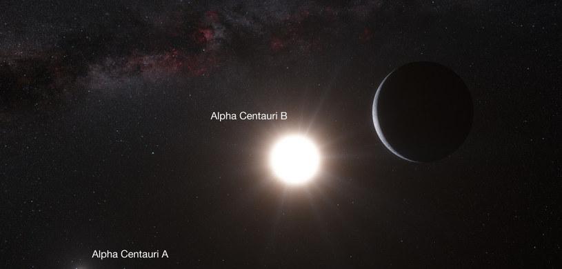 Układ planetarny Alfa Centauri - wizja artystyczna /Kosmonauta