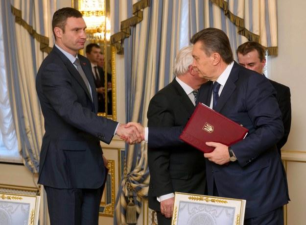 Ukraina: Będzie nowa konstytucja i rząd zaufania narodowego
