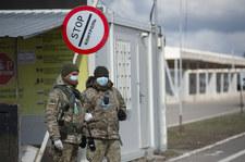 Ukraina: Duchowny i strażnik graniczny złapani na przemycie papierosów wiatrakowcem