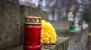 Ukraina: Na Cmentarzu Łyczakowskim świecą się biało-czerwone znicze