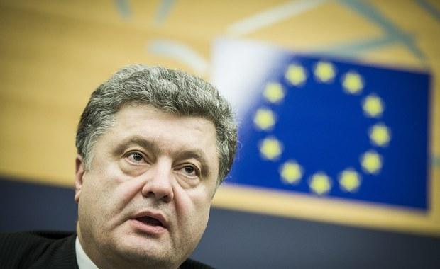 Ukraina: Poroszenko zdecydowanie prowadzi w sondażu prezydenckim