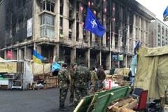 Ukraińcy zaciągają się do wojska. Chcą walczyć o kraj