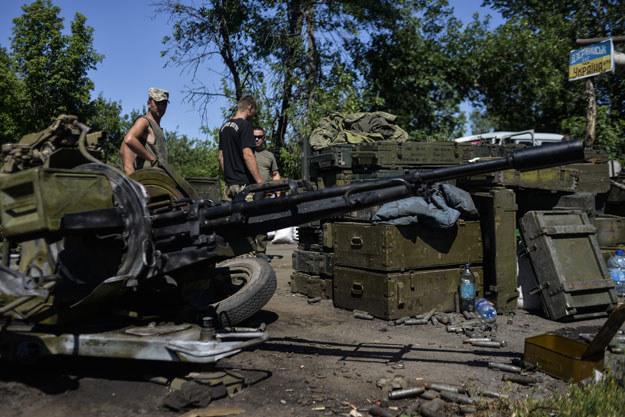 Ukraińscy żołnierze w obwodzie donieckim fot. Aleksey Chernyshev /AFP