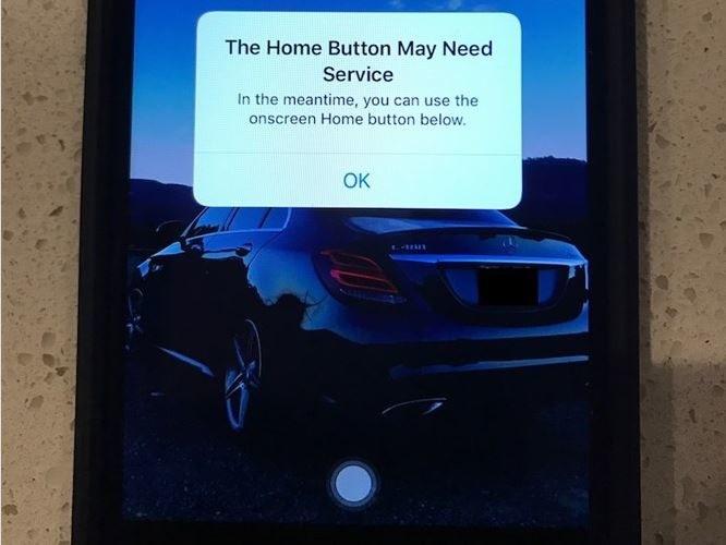 Ukryty przycisk iPhone'a 7 /MacRumors /Internet