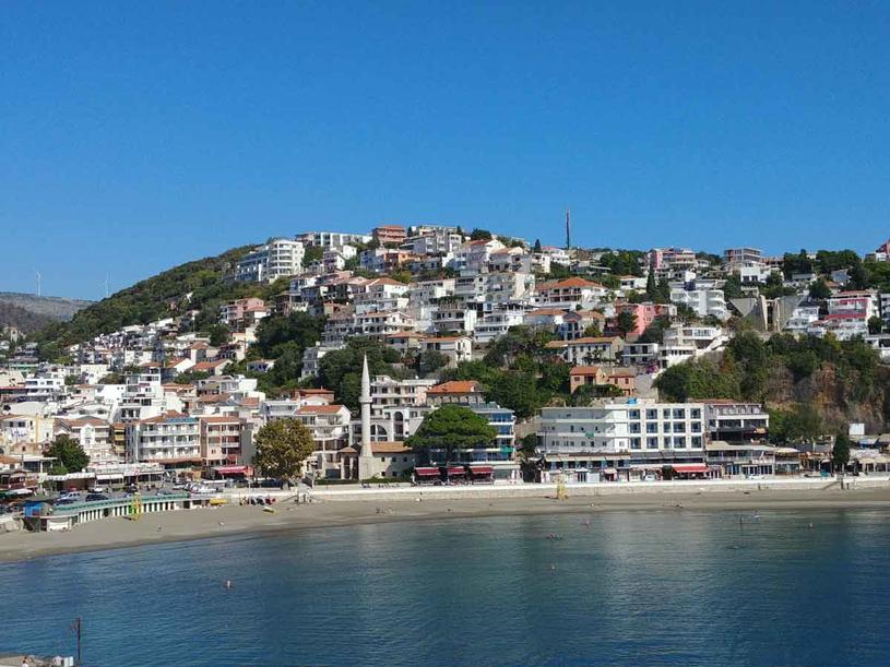 Ulcinj najbardziej egzotyczne miasteczko Czarnogóry /123RF/PICSEL