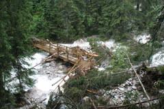 Ulewy wyrządziły szkody na tatrzańskich szlakach